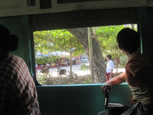 life through the train windows, rickshaw and sleepy drivers