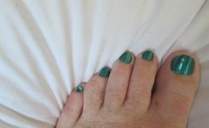 auspicious toes