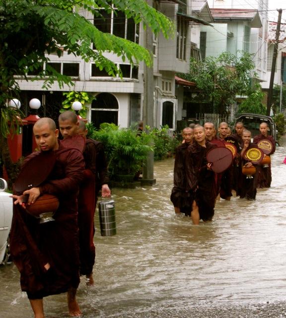 Aung Min Gaung River 8