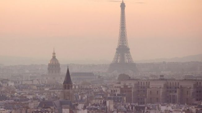 buildings-eiffel-tower-paris