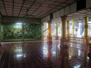 Sun streaming in HIntha Gon temple