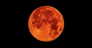 Blood-Moon-wikiblog