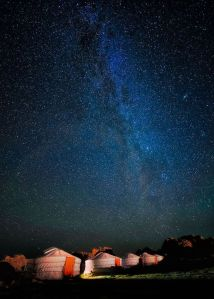 Mongolia-ger-camp-and-stars